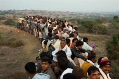 中国版新幹線にインド人もびっくり! 「中国速すぎ、ちょっと待って」