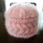 『ゲージなしで簡単に編めてゴージャスなモヘアの帽子』の画像