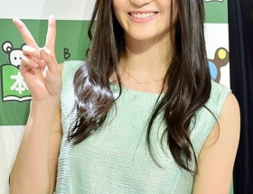 NMB48上西恵、パーフェクトボディーに自信 「おっぱいマッサージ」を実践