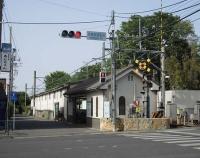 『西武鉄道の赤い9000系4輛編成と30000系8連最終編成』の画像