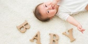 【ママ友欲しい】息子1歳2ヶ月、子供同士でうまく遊ぶことできる年じゃないから一歩踏み出せない。オムツのパッケージに笑い掛けてる息子が切ない…