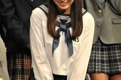 『欅坂で2ch一番人気は最年長の渡辺梨加(20)』の画像