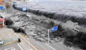 東日本大震災の前日にタイムスリップしたとしたら、どうやって2万人の命を救う?