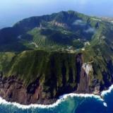 【超画像】ガチのマジで謎の島が見つかる..