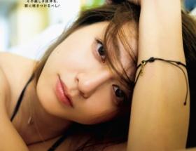 【悲報】杉本有美さん(27)全体的にダルダルな体型を晒し乳首透けグラビアで同情を誘う