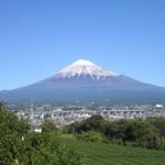 富士山の頂上で食べるカップラーメン500円www