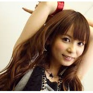 中川翔子、コメント20万人突破で公約のパンチラ披露!?www【画像あり】 アイドルファンマスター