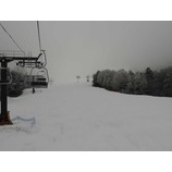 『志賀高原初滑り4期スタート。今日の熊の湯は雪でした!』の画像