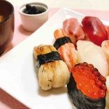 『ショップのステキなおねえさん&お寿司で貧血対策の薬膳』の画像