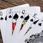 バカ「ポーカーは運ゲーじゃない」俺「ロイヤルストレートフラッシュに勝てるの?」