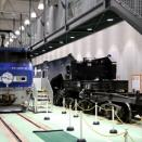 缶付きJR貨物EF200-2と日通シキ800の展示