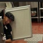 ステーキハウス・ブロンコビリーの冷蔵庫に入りバイト先を閉店に追い込んだ学生が引きこもりに