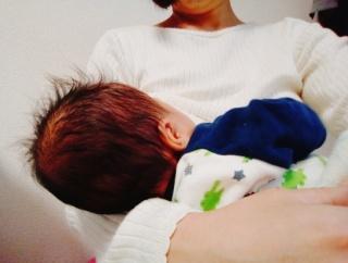 【新型コロナ】20代女性の母乳、PCR検査で陽性
