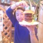 『でました! 八重の桜バーガー!!』の画像