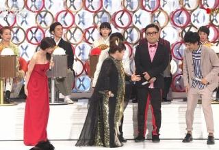 【朗報】有村架純さんの紅白衣装wwwwww