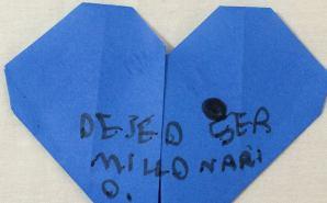 """息子がハートの折り紙に書いた""""願い事"""""""