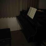 山とピアノほか。