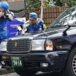 東京でタクシーが暴走し、歩行者4人をはねる!71歳運転手「アクセルとブレーキを踏み間違えた」