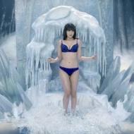 【動画】小嶋陽菜(25) 下着姿の氷の女王CM がエロすぎると話題に!!!【画像】 アイドルファンマスター
