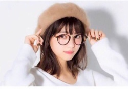 【乃木坂46】なぁちゃんのメガネ姿が可愛すぎるまるねぇwww