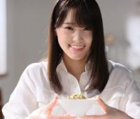 【欅坂46】ゆっかーがお茶漬けに納豆乗せて食ってるんだけど