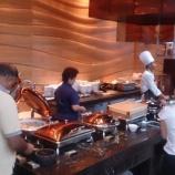 『シンガポールのホテルの朝食バイキングwwww』の画像