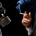 嫌煙って何で飲食店に来て「タバコの煙がー」って騒ぐの?完全禁煙店舗行けよ