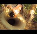 【動画】道具は木の棒だけで家を作ってしまう