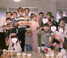 『【朗報】加護夫妻辻の31歳誕生パーティーに出席!!【辻加護】』の画像