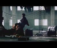【欅坂46】『ガラスを割れ!』MVの冒頭のてちがテレビを蹴り飛ばす意味って何だろう?