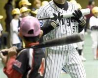岡崎が阪神ファンに嫌われる理由wwwwwwwwwww