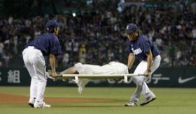 【ホラー】   日本で 貞子が始球式をしたらしいぞ。なかなか良いピッチングフォームじゃないか。   海外の反応