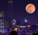 ● スーパー・ブラッド・ウルフ・ムーン 夜空に出現