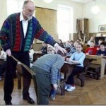 教師「殴られないと分からない生徒もいる。体罰禁止はそういった生徒の教育機会を奪っている。」←どう考えても正論なんだが?