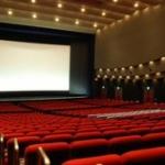 「映画館に一人で見に行く」のと「一人焼肉」どっちがハードル高い?