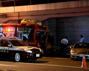 【横浜桜木町バス事故】高校生が死亡した事故、過失運転致死傷で運転手を逮捕