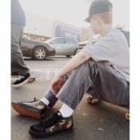 『3/21 発売 Supreme × Vans Old School & SK8 Mid』の画像