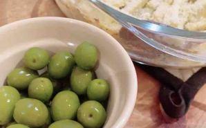 お取り寄せした小豆島産オリーブ