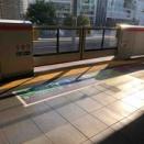JR大阪駅の1番のりばの可動式ホーム柵も稼働中です!