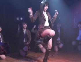 【画像】AKBこじまこ(18)の太ももオンステージ