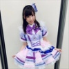 『鈴木愛奈さん、ファンからのプレゼントを身に着けてテレビ出演』の画像