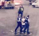 トイレに行きたかった男、高度3万フィートを飛ぶ飛行機のドアを開けようとして逮捕
