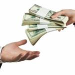 同僚に「財布紛失した。金貸して」言われたら幾ら貸す?