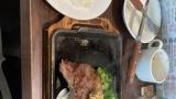 【悲報】ワイ氏のランチ、いきステで2600円www(※画像あり)