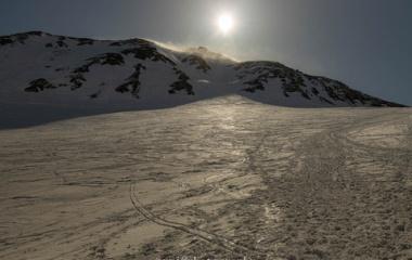 『残雪の立山・雷鳥沢雪テン♡雄山3003Mピストン♬』の画像