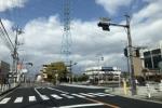 交野市駅ロータリーとその前の道(私部西線)の道路がめっちゃ綺麗になってる!〜舗装工事。大阪王将から向こうはこれから?〜