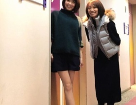 【画像】小林麻耶 36歳女子のミニスカ