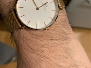【画像あり】俺の腕時計センスありすぎだろwwwwww