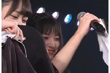 ひーわたん卒業公演でドラ2全員で制服ビキニキタ━━━━(゚∀゚)━━━━!!
