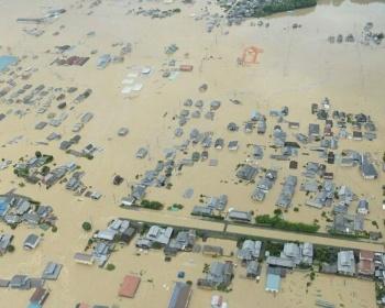 岡山・倉敷市真備町の高馬川の堤防が決壊・・・(画像あり)